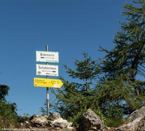 Kreuzung kurz vom Gipfel