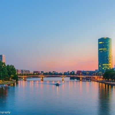 Westhafen Tower und Allianz